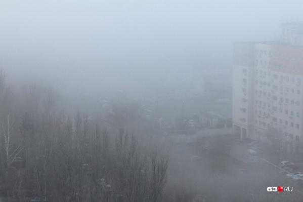 Тольяттинцы в соцсетях делились фото, на которых видимость была практически нулевая