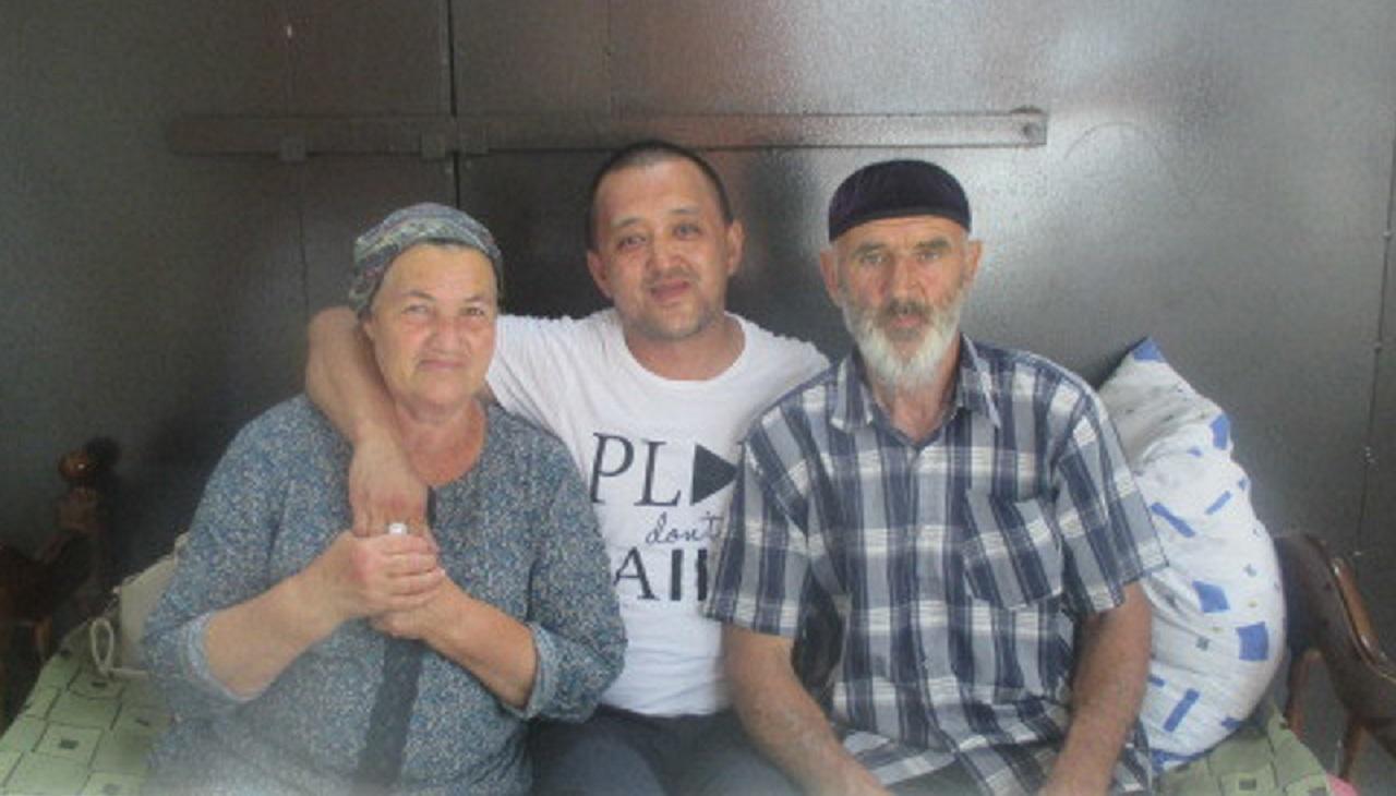 Серик в гостях у Байсултановых в Чечне