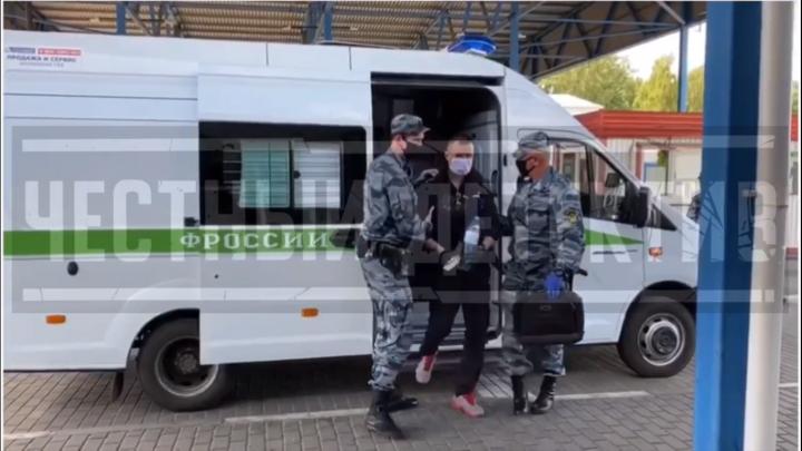 В Россию из Польши экстрадировали красноярского бандита — подельника Паши Цветомузыки