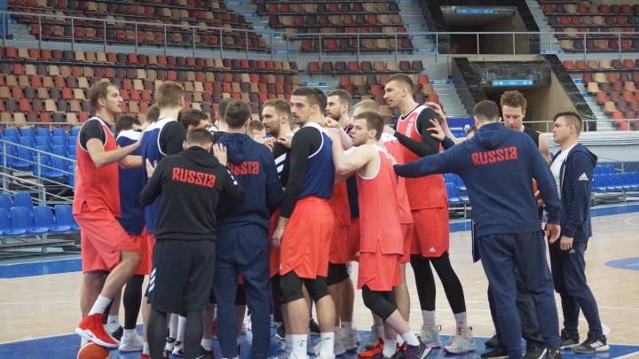 Сборная России по баскетболу провела тренировку перед матчем в Перми. Фоторепортаж