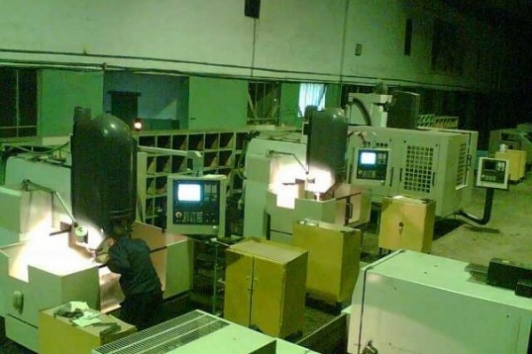 По словам представителя моторостроительного объединения, маски и перчатки обязательны к ношению на заводе