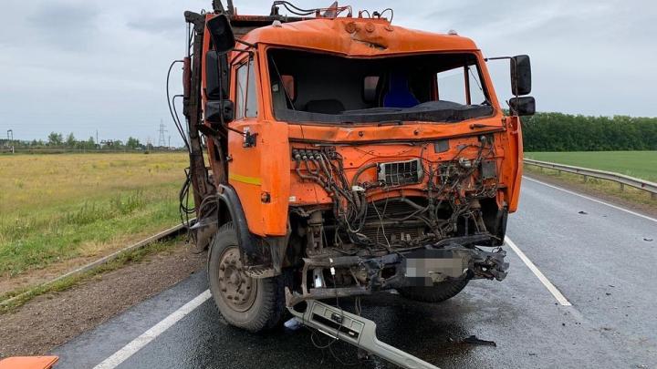 В ДТП с грузовиком погиб житель Башкирии