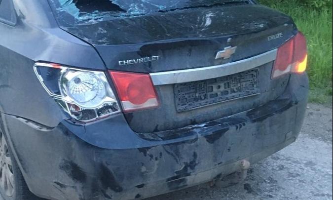 В Зауралье водитель иномарки сбил двух девушек и мешал оказывать им помощь