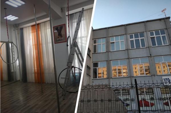 С 2018 года школа«ФА-Sport» работает в здании, принадлежащем заводу