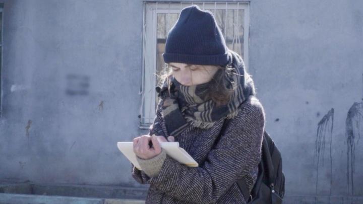 «Каждый гараж — судьба человека»: художница учит видеть прекрасное на окраинах Красноярска