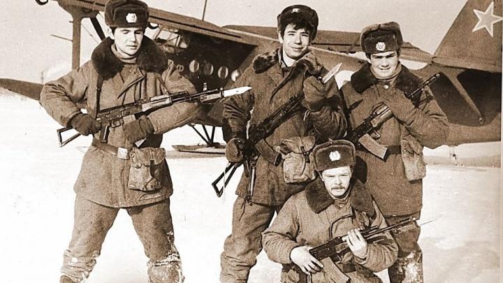 Кто был — не забудет: рассматриваем старые фото новосибирцев со службы в армии (присылайте свои снимки)