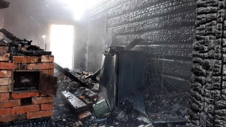 В Сольвычегодске в пожаре погибло двое детей