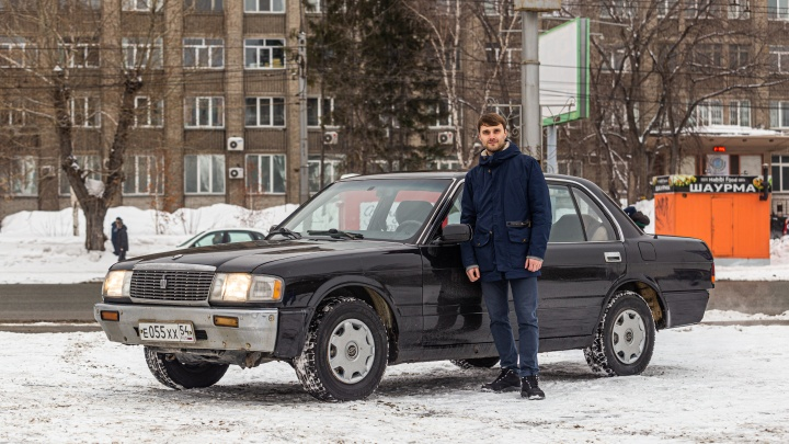 Единственная в России. Сибиряк ездит на странной «Тойоте Краун» — есть версия, что её делали для шейха