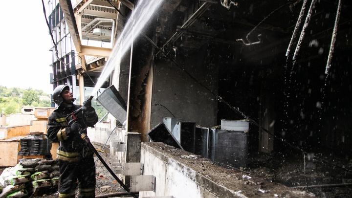 В Кемерово горел строящийся за 8 млрд Ледовый дворец: власти рассказали, что с ним будет дальше