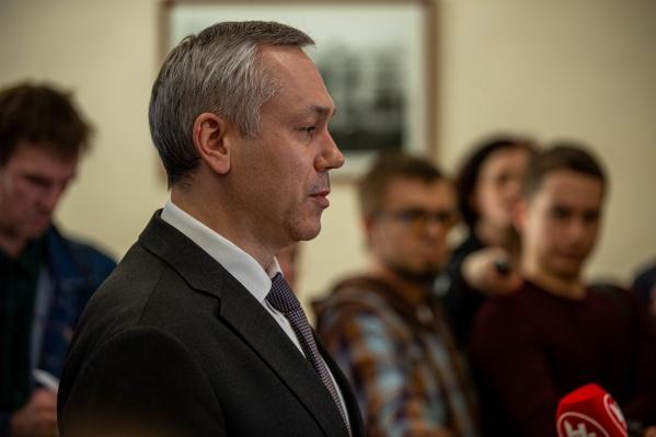 Накануне губернатор подписал несколько документов, связанных с проблемами, возникшими из-за коронавируса