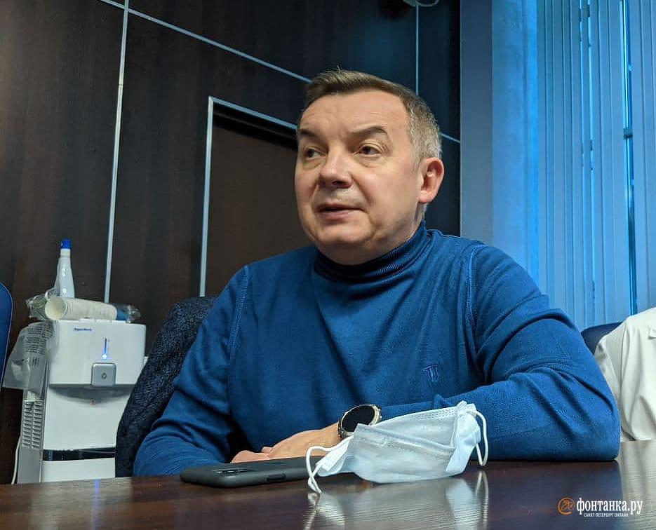 начальник госпиталя для ветеранов войн и временного госпиталя в «Ленэкспо» Максим Кабанов<br><br>автор фото Павел Каравашкин / «Фонтанка.ру»<br>
