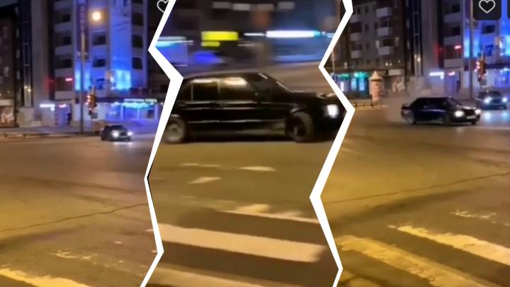 Тюменская полиция разыскивает дрифтеров, гонявших по ночным улицам в центре города