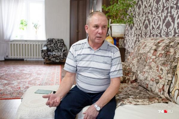 Челябинец Сергей Удавихин всю жизнь работал, но пенсию до сих пор не заслужил