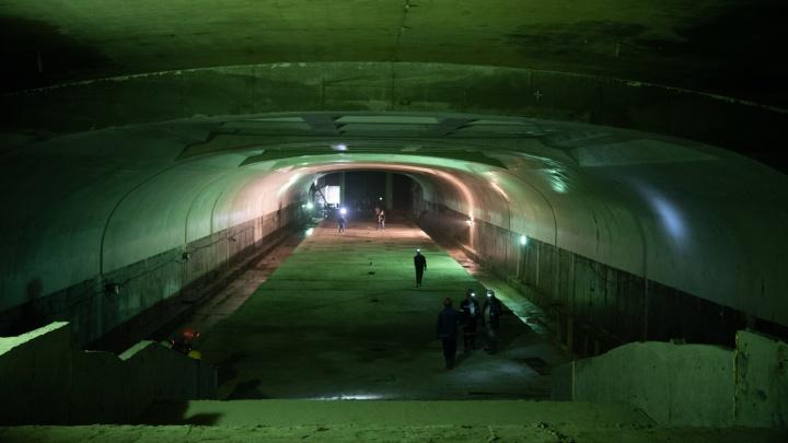На участках, где должно было пройти омское метро, разрешили строительство