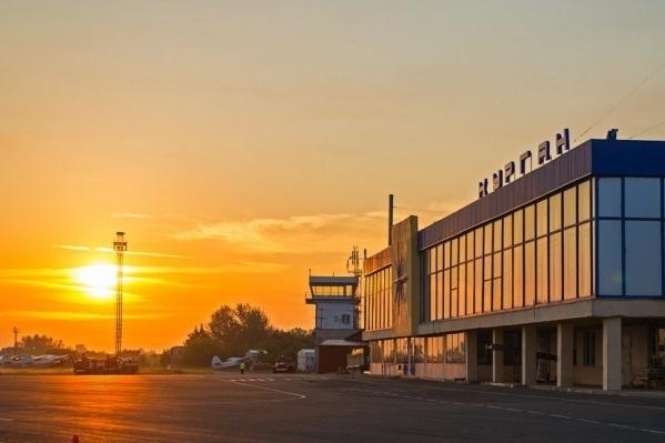 За хранение груза сверх нормы в курганском аэропорту предпринимателям приходится платить по 500 рублей в сутки за одно место