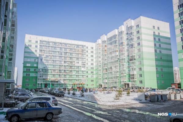 89 домов Плющихинского жилмассива остались без управляющей компании