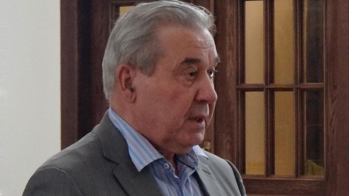 Леонида Полежаева госпитализировали с коронавирусом