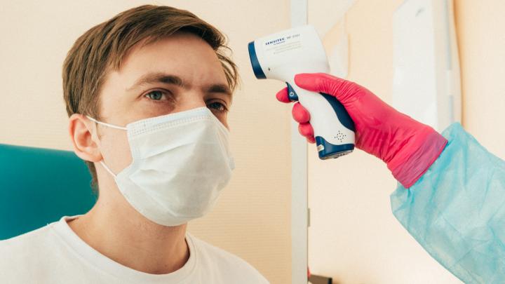Руководителям крупных омских компаний рекомендовали тестировать сотрудников на коронавирус