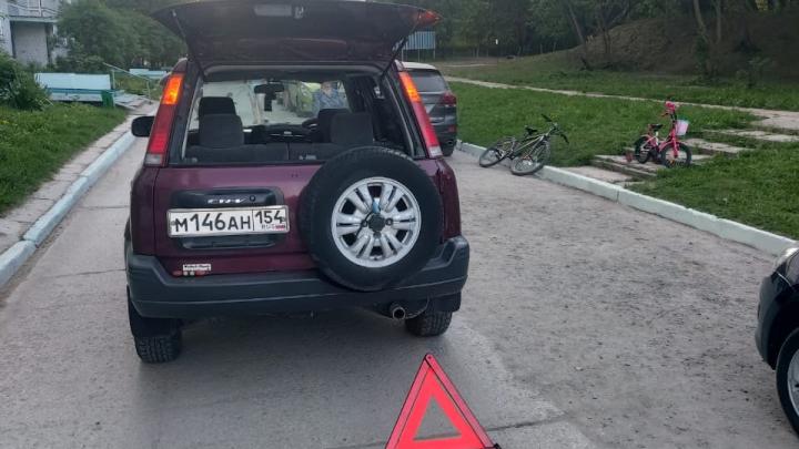 В Заельцовском районе «Хонда» сбила 15-летнего подростка на велосипеде