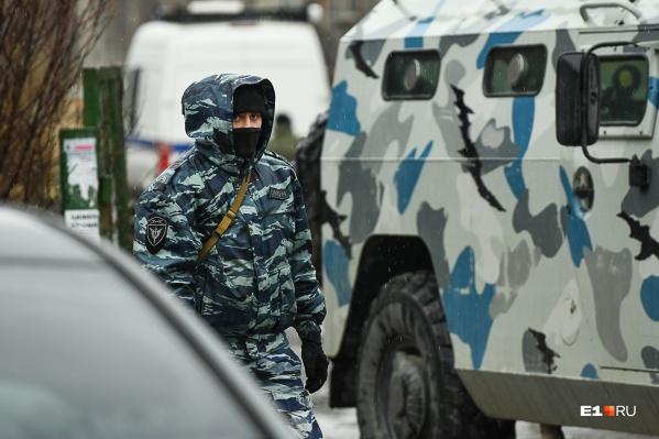 После окончания контртеррористической операции силовики некоторое время оставались на месте