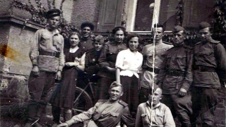 Фронтовой инстаграм: пинежанин Максим Морозов дошел до Берлина и вписал себя в историю Победы