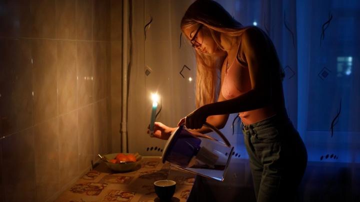В Волгограде крупный микрорайон остался без электричества из-за аварии