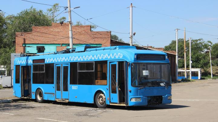 Ждали почти год: в Ростов прибыли еще 28 троллейбусов из Москвы
