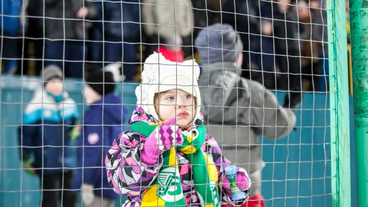 В Архангельске отменили детский чемпионат по хоккею с мячом из-за коронавируса