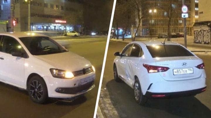 Момент ДТП на Малышева, в котором Hyundai боком снес пешехода, попал на видео