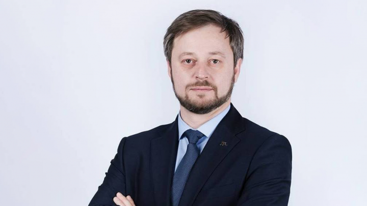 Уголовное дело в отношении бывшего заммэра Омска Дениса Денежкина пересмотрят