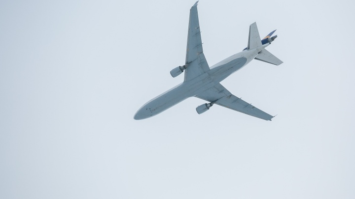 Вторая авиакомпания начала продавать прямые рейсы из Красноярска в Санкт-Петербург