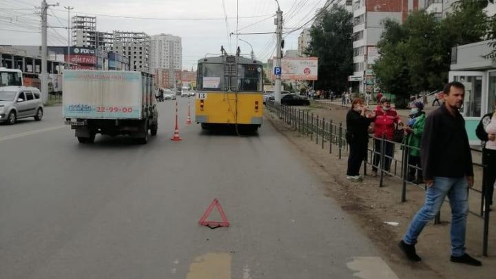 Омичка скончалась в больнице после наезда троллейбуса