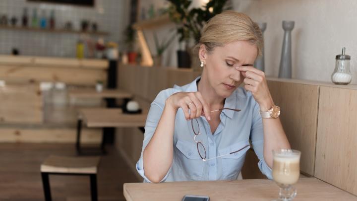 Врач-невролог объяснила, почему категорически нельзя терпеть головную боль