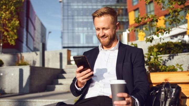 По понедельникам абоненты Tele2 могут выпить бесплатный кофе и получить скидку на поездку в такси