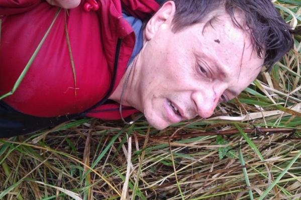 После убийства Молчанов несколько суток отсиживался в высокой траве