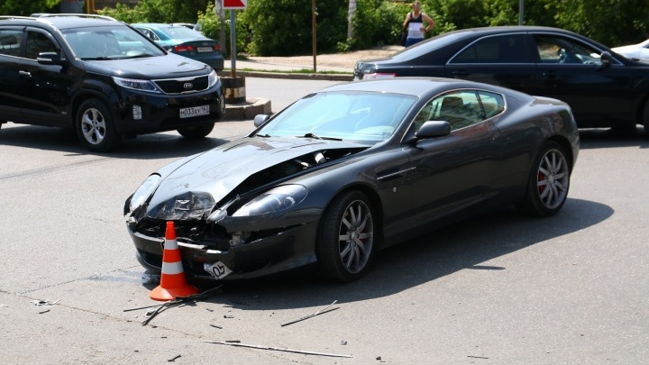 Смертельное ДТП на Солнечной: сын погибшей няни потребовал с водителя Aston Martin 1,5 млн рублей
