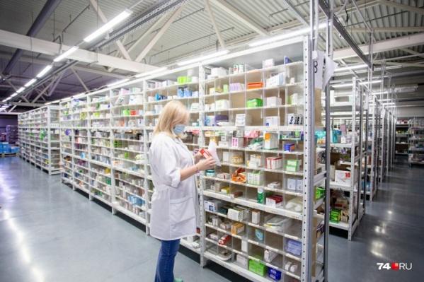 Заболевшим коронавирусом не придётся идти за лекарствами в аптеку, им их принесут со склада на дом