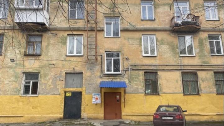 В Челябинске прокуратура выяснит, почему нет пандуса в доме, где живет ребенок с ДЦП