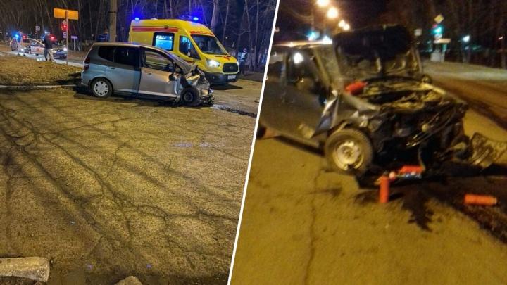 «Мамочки, больно»: пьяная женщина на «Хонде» протаранила «Логан» на встречке и погубила пассажира