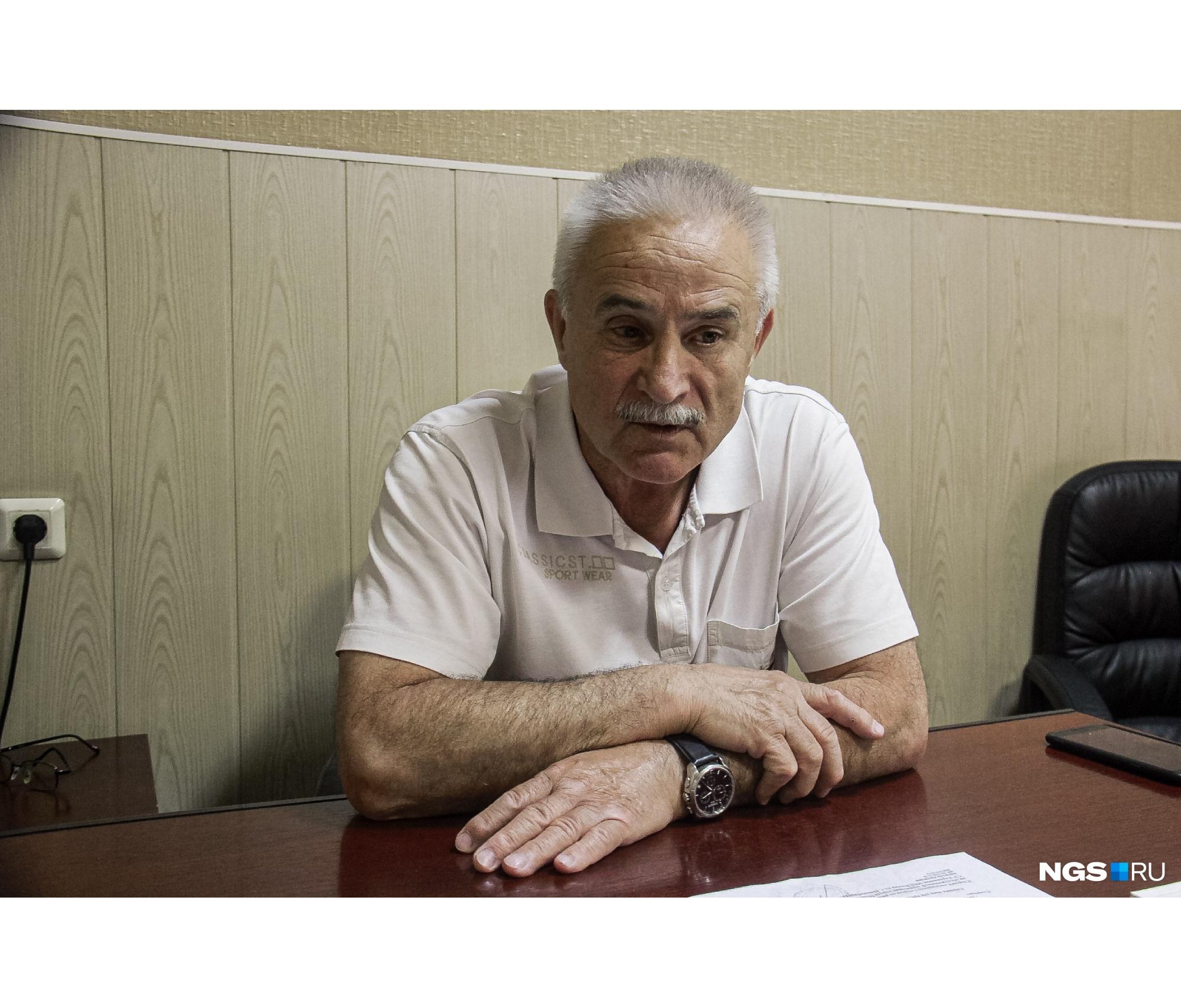 Николай Монаенков уже четверть века работает адвокатом и берется за самые разные дела