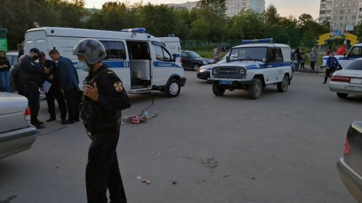 На Северо-Чемском жилмассиве произошла массовая драка. Очевидцы сняли видео