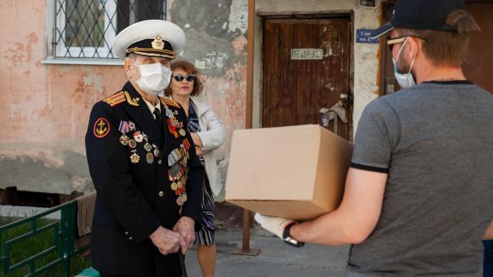Компания «СОКАР ЭНЕРГОРЕСУРС» и Антипинский НПЗ поздравили тюменских ветеранов с 75-летием Победы