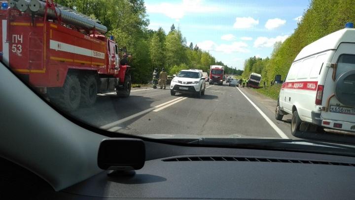 В массовом ДТП на трассе Пермь — Новые Ляды пострадали пять человек