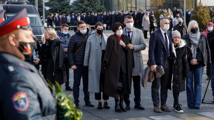 «Был волгоградцем по состоянию души»: в Волгограде прощаются с бывшим губернатором Николаем Максютой