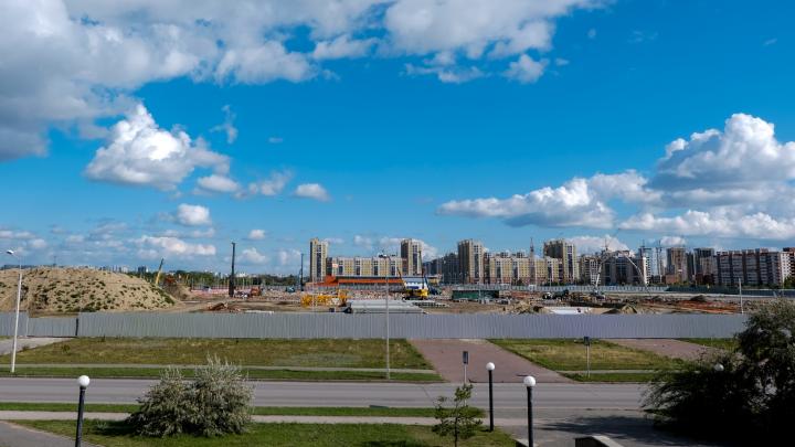 Под спорткомплекс «Арена Омск» забили 2300 свай