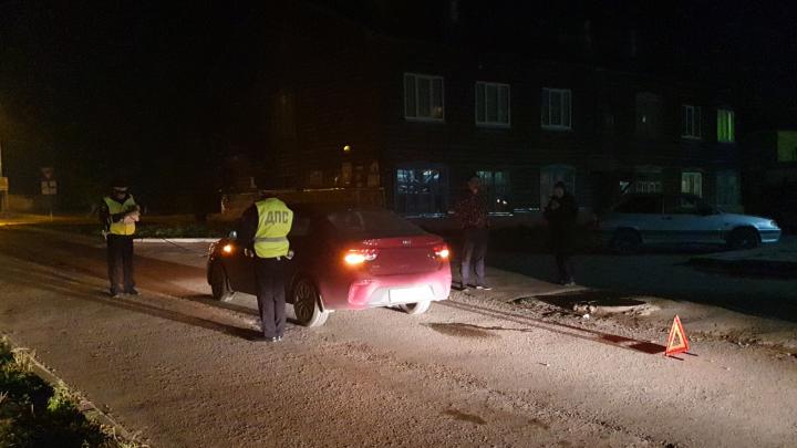 Выбежал на дорогу и попал под колеса: в Екатеринбурге KIA сбила 6-летнего мальчика