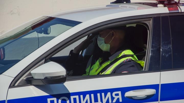 В Омской области подросток сломал ногу, уходя от ДПС на мотоцикле
