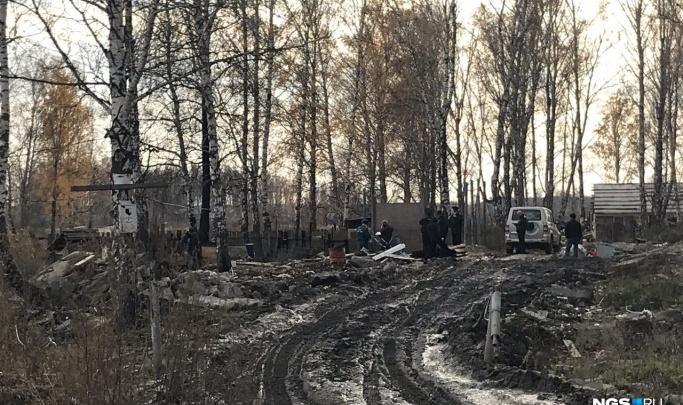 Суд отправил под стражу родителей погибших в пожаре под Новосибирском детей