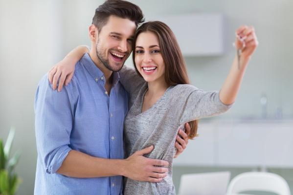 Если в семье родился ребенок после 1 января 2018 года, то, приобретая квартиру в новостройке, можно рассчитывать на самую низкую ставку от Газпромбанка