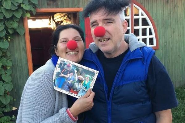 Ольга и Штефан в роли больничных клоунов — это один из проектов Земкена